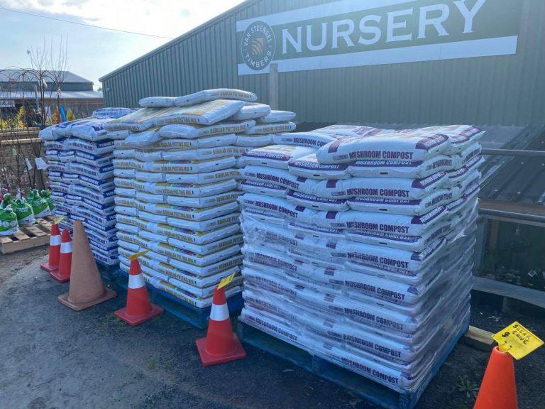 soil fertilizer and mulch